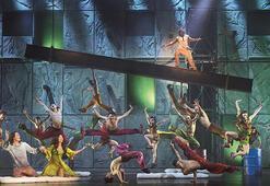Notre Dame de Paris müzikaline yoğun ilgi