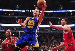 Golden State Warriors, Cavaliersın ardından Chicago Bullsu da mağlup etti