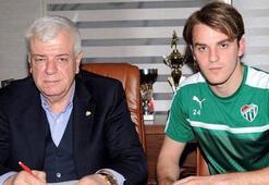 Bursaspor, Ertuğrul Ersoyun sözleşmesini uzattı