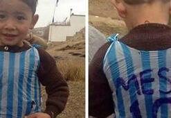 Poşetten messi forması giyen gerçek çocuk bulundu