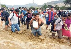 Peru'da sel kâbusu 67 ölü