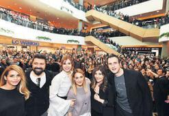Tatlım Tatlım'ın  oyuncuları İzmir'de