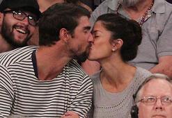 Yeni evli çiftin maç romantizmi