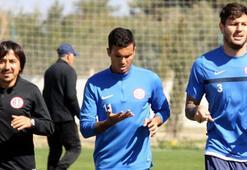 Antalyasporda Ramon Mottta antrenmana çıktı