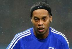 Ronaldinho, Premier Lig liderini reddetmiş