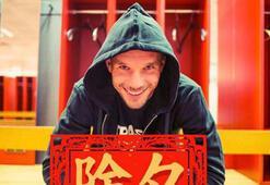 Lukas Podolskiden Çince mesaj
