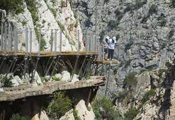 Dünyanın en tehlikeli yürüyüş yolu: Caminito del Rey