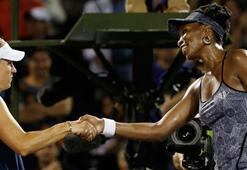 Miami Açıkta Venus Williams, Angelique Kerberi yenerek tur atladı