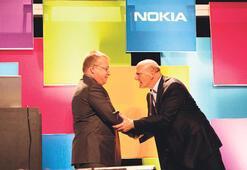 Bill Gates Nokia'yı 'cebine attı'