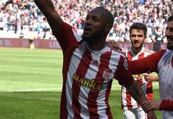 Sivasspor, Manisayı 2-0la geçti