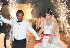 Şampiyona kupalı düğün