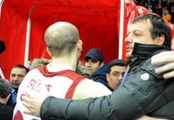 Galatasaraya potada kötü haber Yarı yarıya düşüyor...