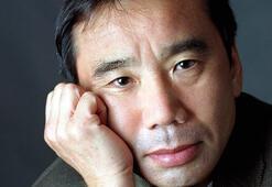 """Murakami'nin milyonlar satan kitabı """"1Q84"""""""
