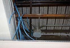 Cezaevinde geri dönüştürülen parçalardan bilgisayar yaptılar