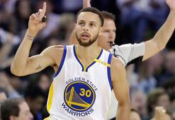 NBA'de normal sezon heyecanı sona erdi