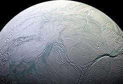 Satürnün uydusunda canlı yaşamını destekleyecek kanıtlar bulundu