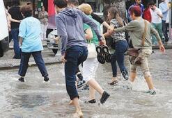İzmir'de sağanak yağmur haftası