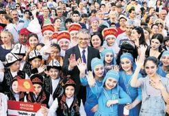 Karşıyaka Şenliği'nde 230 yabancı çocuk