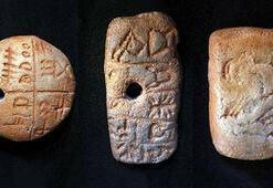Dünyanın en eski yazı formu Tartaria tabletleri olabilir