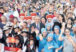 Dünya çocukları Karşıyaka'da buluştu