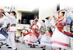 Karşıyaka'da karnaval havası