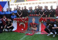 Rajtoral için Gaziantep Arenada tören
