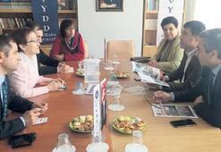 CHP'den 'hayır'cı kurumlara ziyaret