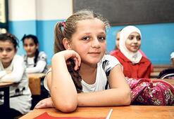 484 bin Suriyeli eğitimle buluştu