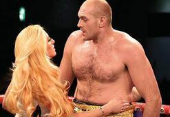 Tyson Fury: Anthony Joshuayı tek elimle döverim