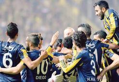 Fenerbahçe greift sich 3 Punkte mit 3 Toren