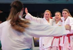 Kadın Kumite Milli Takımı,  Avrupa Şampiyonasında finale yükseldi