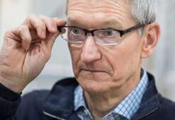 Apple CEOsu Tim Cook, yeğenini sosyal medyadan uzaklaştırıyor