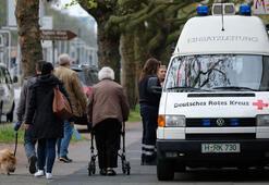 Almanyada bomba korkusu 50 bin kişi tahliye ediliyor