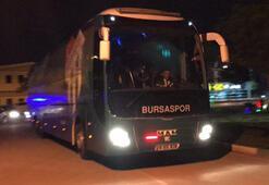 Bursaspor otobüsüne taşlı saldırı