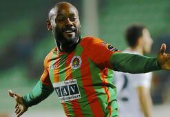 Süper Ligde Vagner Love 18 golle krallıkta ilk sıraya yükseldi