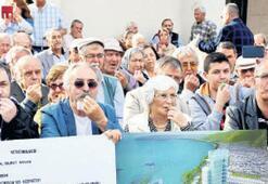 Arsa mağdurlarından düdüklü protesto