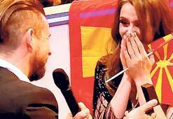 Eurovision'da  evlilik teklifi