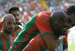 Alanyasporlu Vagner Love ligde 21 gole ulaştı
