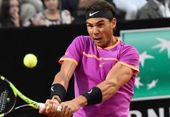 Djokovic ve Nadal kayıpsız ilerliyor