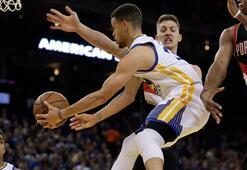 Üçlük rekoru kırıldı Curry-Thompson A.Ş.