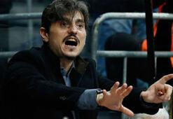 Utanmaz adam Giannakopoulostan ağır küfür