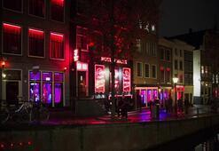 Red Light District seks turizmi imajını değiştiriyor