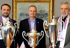 Yakın Doğu Üniversitesi 59 kupa kazandı