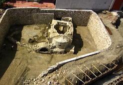 12nci yüzyıldan kalma Bizans şapelindeki haç çalındı