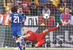 Futbolda penaltı korkusu: Yıldızın parladığı, umudun tükendiği anlar