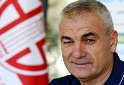 Rıza Çalımbay: Bütün isteğimiz Başakşehirin kupayı kazanması