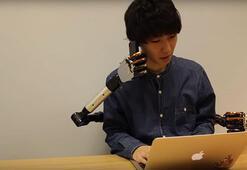 Bacaklarla kontrol edilebilen robotik kol geliştirdiler