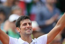 Djokovic Fransada turladı