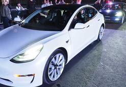 Tesla Model 3 sahipleri sesiyle her şeyi kontrol edebilecek