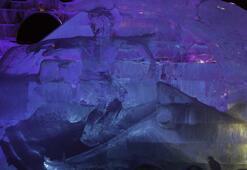 Moskovada buzdan heykeller festivali
